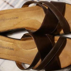 Naturalizer sandels
